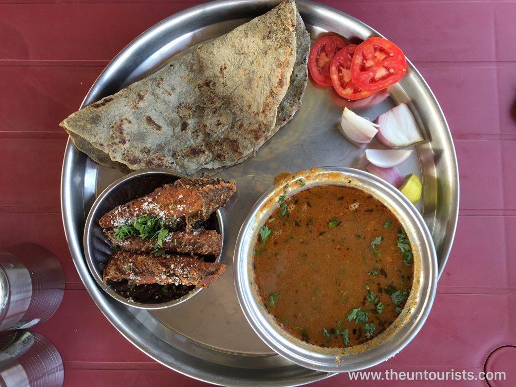 Delicious Fish Thali Meal in Maharashtra