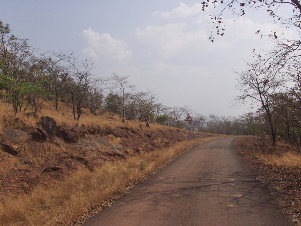 The road to Murud Janjira is a beautiful drive.