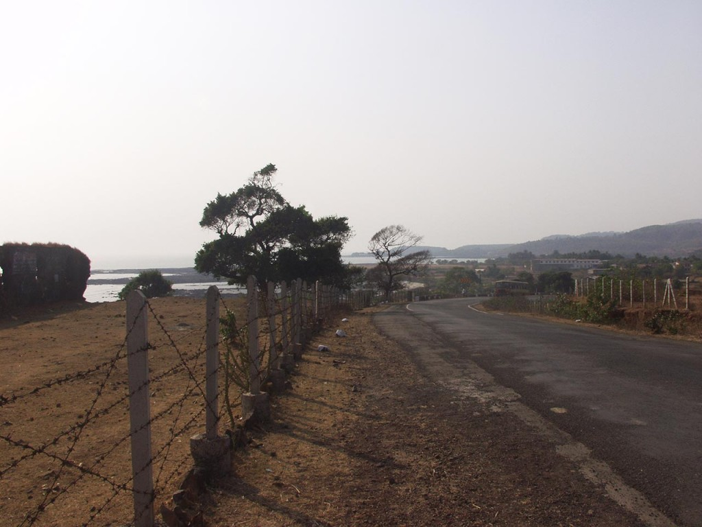 The drive from Murud Janjira to Alibagh is beautiful with the Arabian Sea on one side.