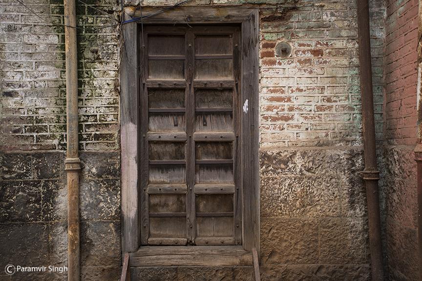 Traditional door near Bhor Rajwada