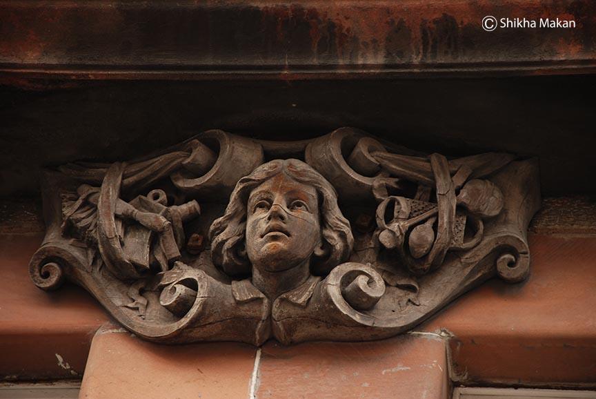 Detail in a building in Lawnmarket.