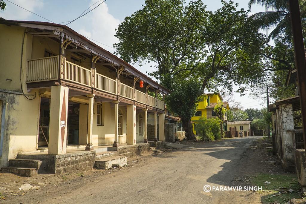 Road in Jambhulpada
