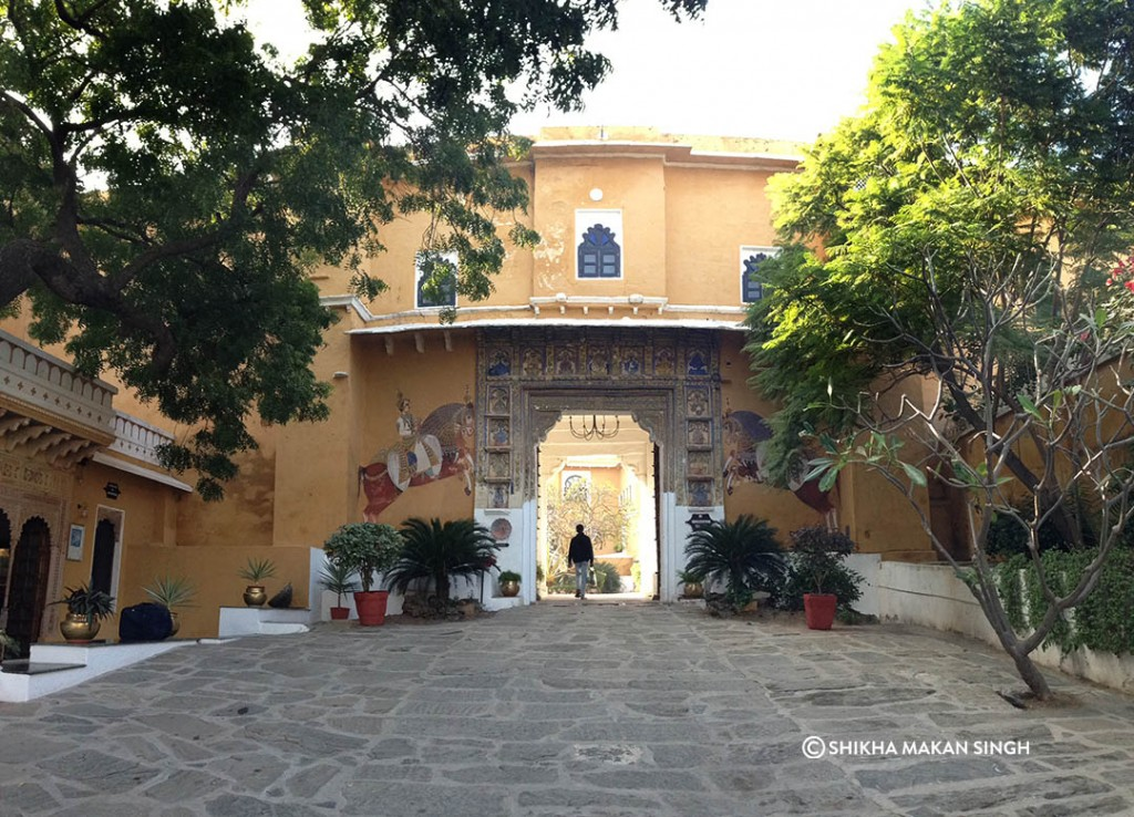 The Deogarh Palace gates from the inside.