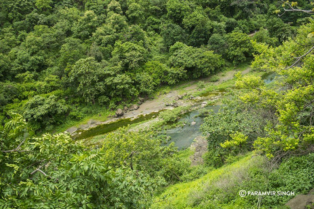 Ajanta Caves, Waghola River