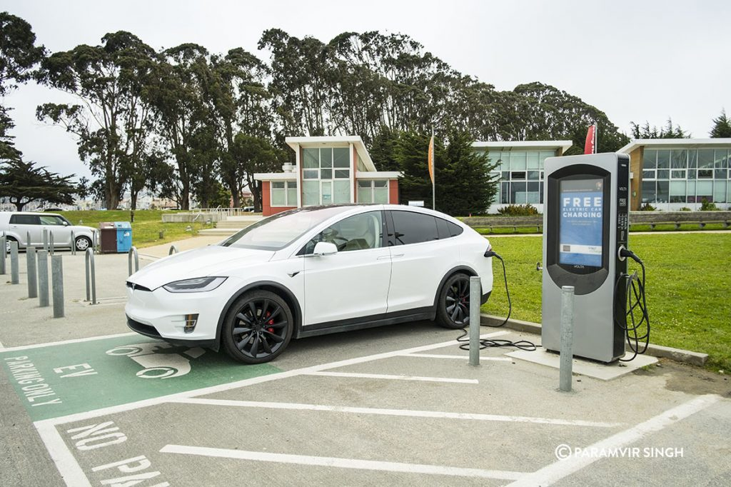 Tesla Model X free charging at Crissy Fields, San Francisco