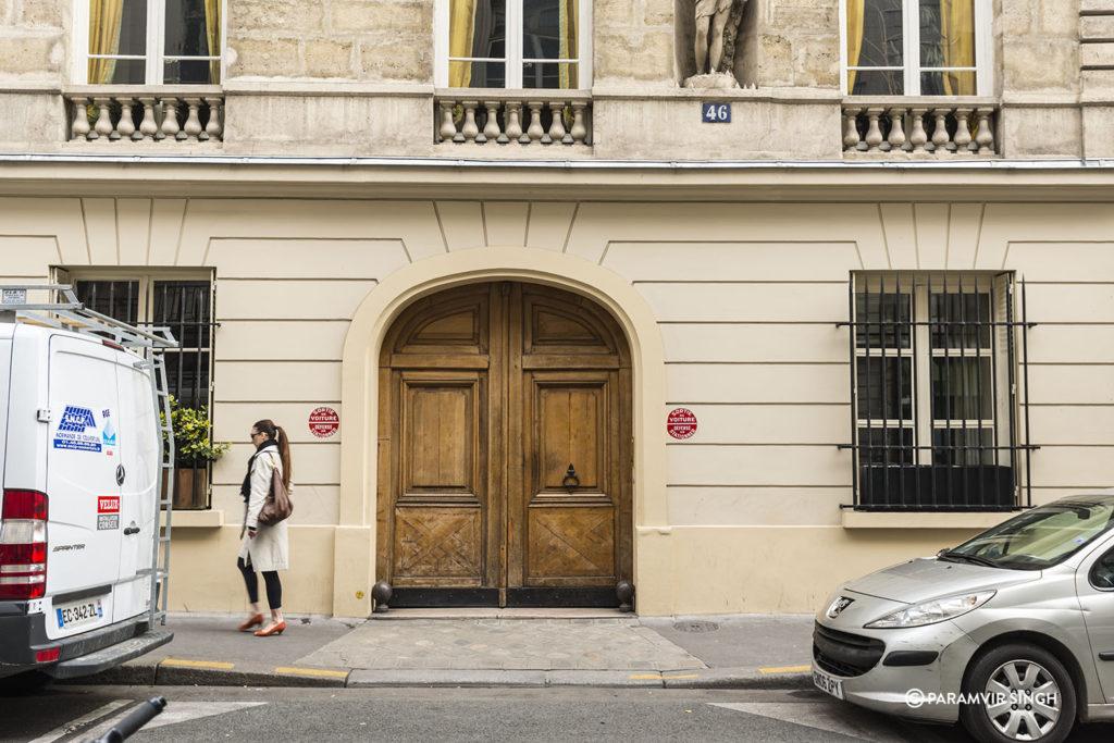 Garage door in Paris.