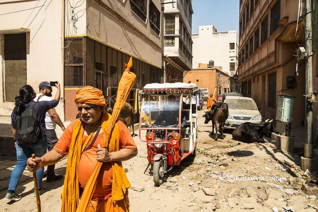 Dirt on the streets of Benaras