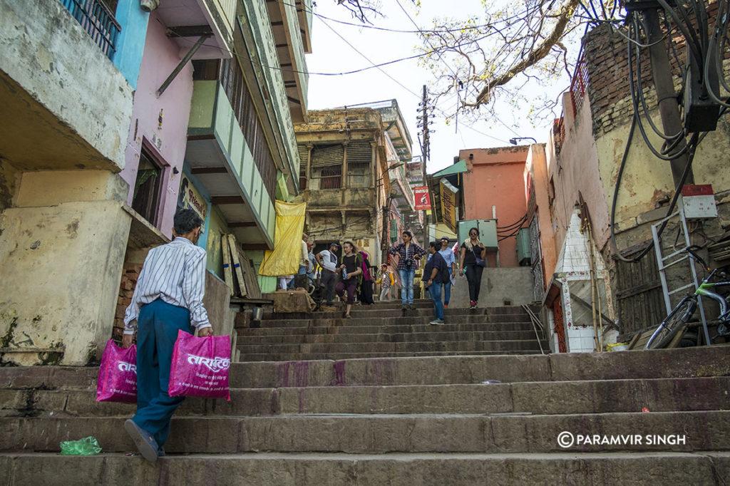 Walking up the lanes of Benaras
