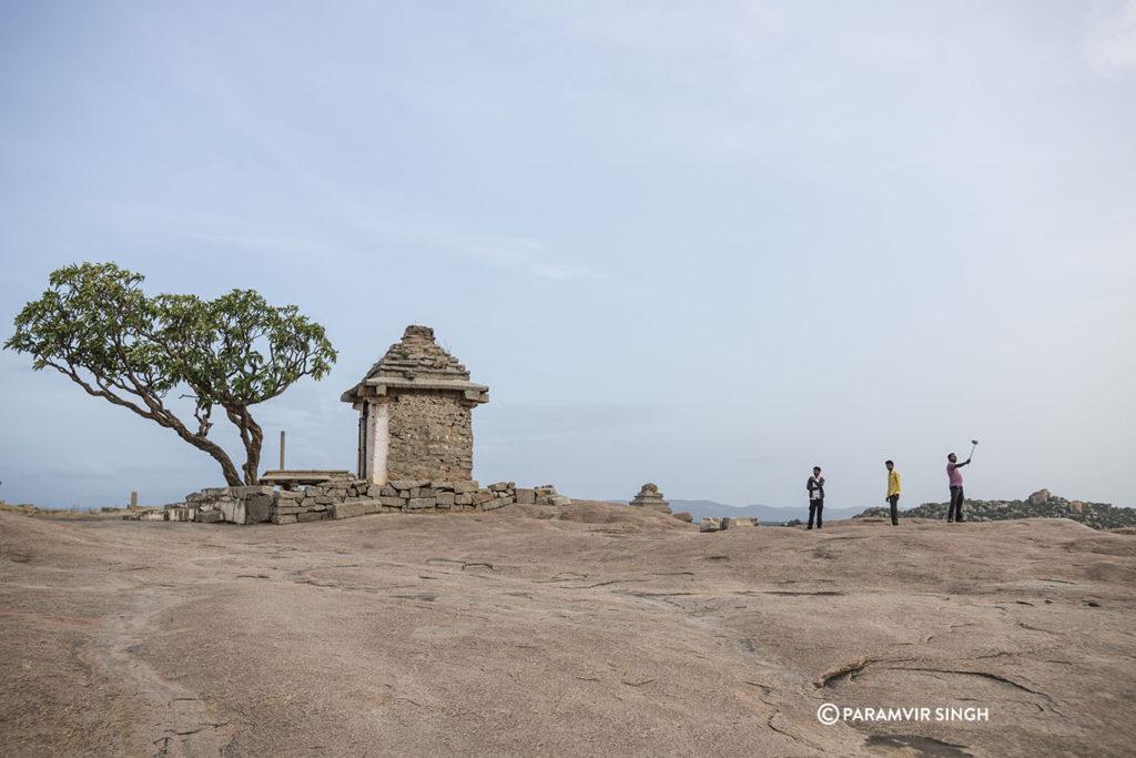 Temples on Hemakuta Hill, Hampi