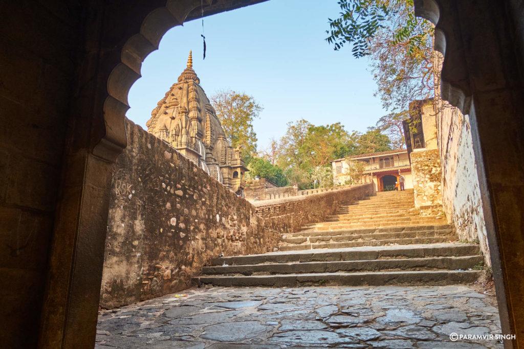 Temples in Maheshwar Ghat
