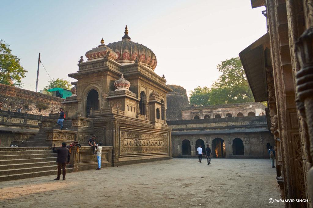 Akhileshwar Temple, Maheshwar