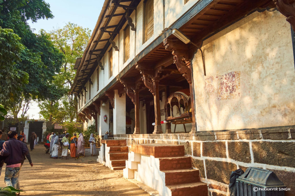 Palanquin Inside Maheshwar Fort